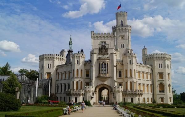 castle-5059270_1280